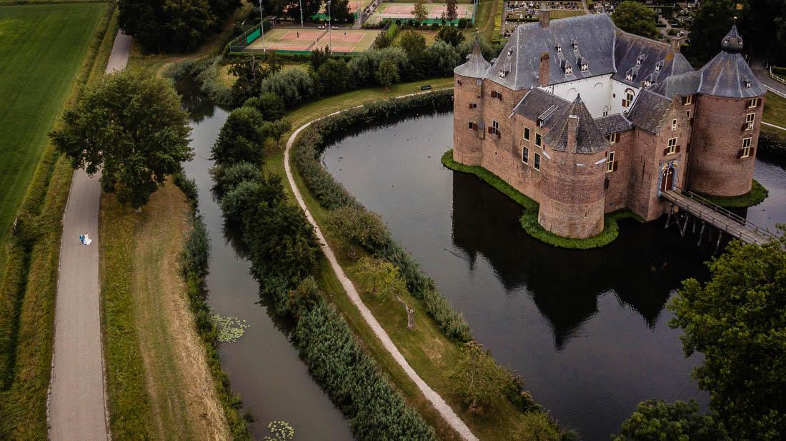 trouwen in kasteel Ammersoyen foto (276 of 355)